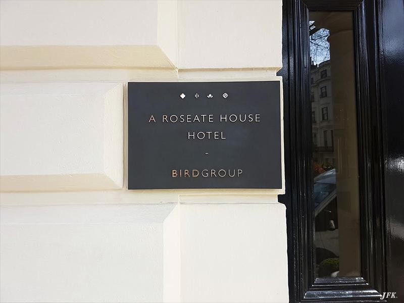 Cast Sign for Royal Park Hotel