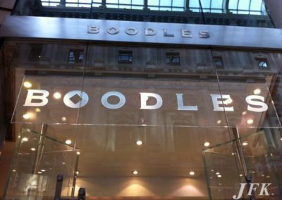 Illuminated Signs for Boodles