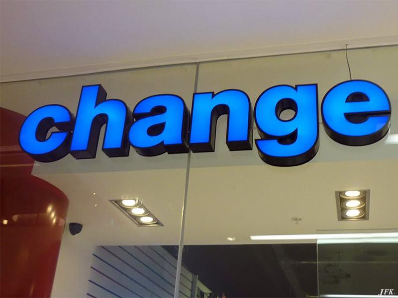 Lettering fascias for bureau de change jfk complete sign service