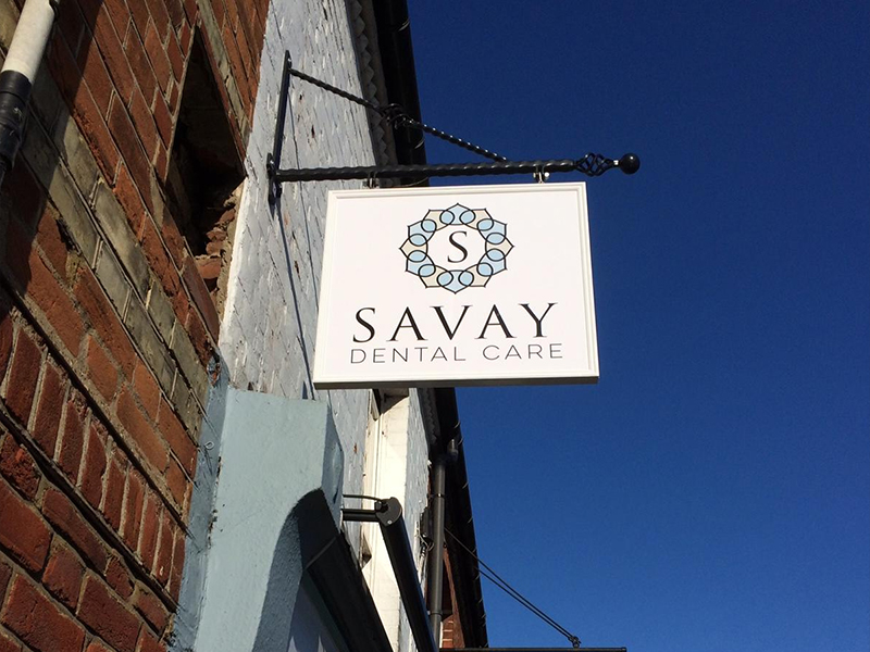 Projecting Signs for Savay Dental
