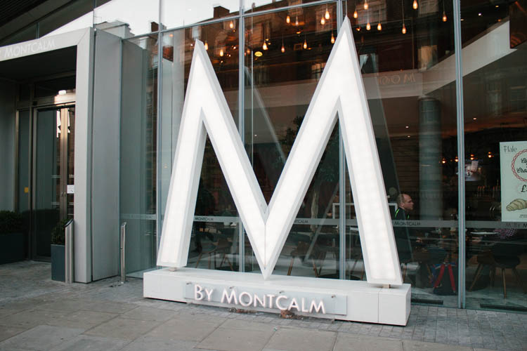 Illuminated 3D fascia signage for M by Montcalm