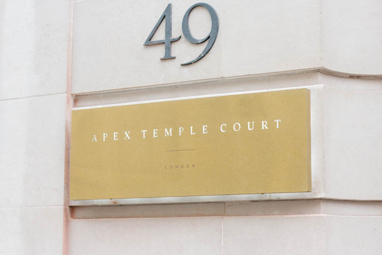 Acrylic, glass and aluminium signage for Apex City of London Hotel